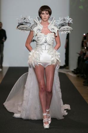 ON-AURA-TOUT-VU-Couture-SS16 -JET-LAG-Paris Look 23
